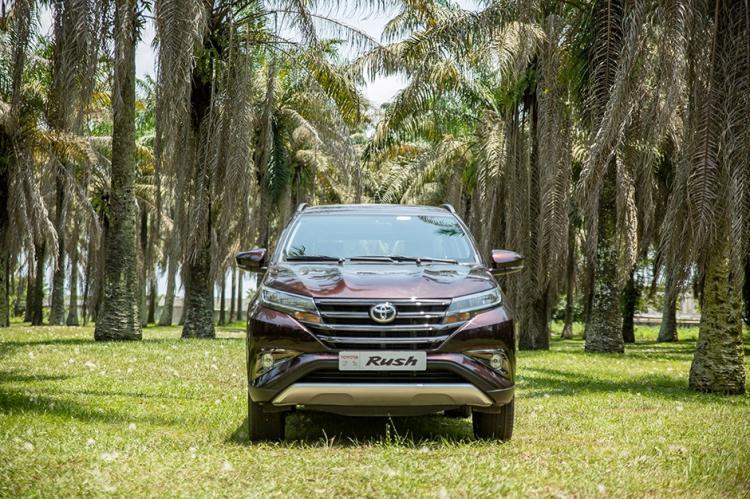 RUSH : un SUV 7 places dès 15 900 000 FCFA + 1 an d'entretien  + 10 pleins d'essence